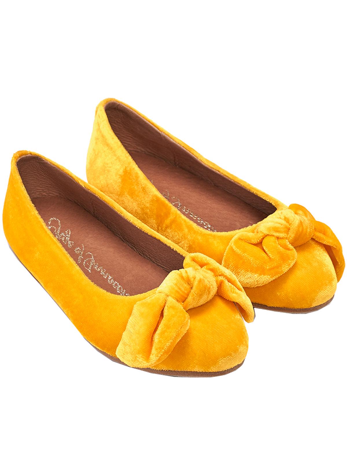 Туфли Age of Innocence 2287574 желтого цвета